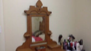 ANTIQUE EASTLAKE 1895 BEDROOM SET