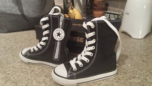 brand new in box converse toddler shoes