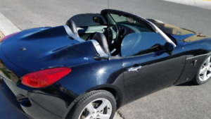 2007 Pontiac Solstice Basic Coupe (2 door)
