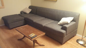 *REDUCED* Gorgeous Modern couch