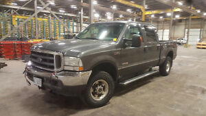 2004 Ford F-250 Lariat Pickup Truck with snow plow