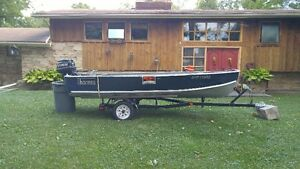 14.5 Ft Thornes Aluminum boat with 25HP Evinrude with Trailer