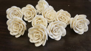 Gorgeous Sola Wood Flowers