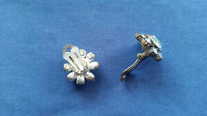 VINTAGE EARRINGS TRIAD 1950 West Island Greater Montréal image 2