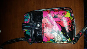 Cell phone/ wallet clutch brand new
