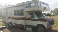 24-foot Travelaire Motorhome - NO LEAKS!!