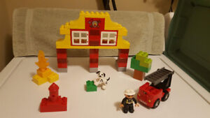 Lego Duplo My First Fire Station #6138 - 54 Pieces - Year 2011