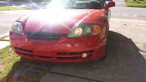 Hyundai tiburon like new!