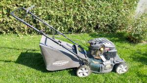 Tondeuse à essence 3-en-1 / 3-in-1 Gas Lawn Mower