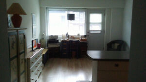Studio for lease transfer at 3445 Hutchison St.