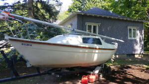 Sailboat for sale : Sandpiper 565 , trailer and engine included