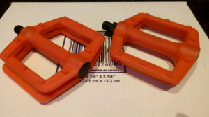 """Brand New 1/2"""" Bicycle Pedals"""