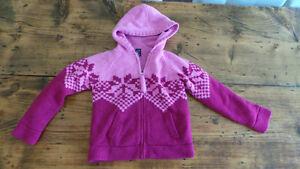 Girl's Gap Coat Size 7-8 / Manteau Gap Fille Grandeur 7-8