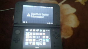 Nintendo 3DS XL w/ charger & Smash Bros
