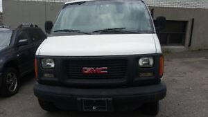 2003 GMC Sierra 3500 Delivery or Moving Van