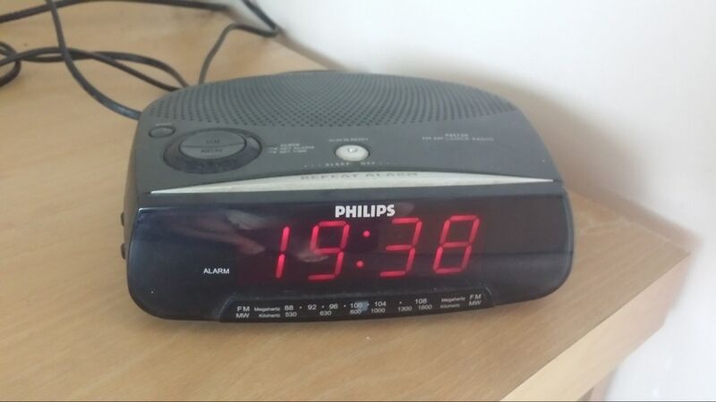 how to stop a philips alarm clock
