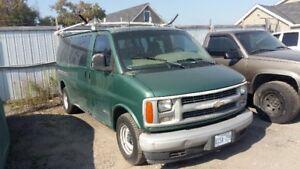 2000 Chevrolet Express Minivan, Van