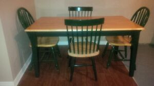 Solid Wood Country Charm Dining Table and 4 Chairs