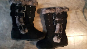 Toddler size 8 girls boots excellent conditon