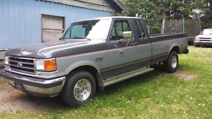 1991  FORD F 150 XLT   ( ONE OWNER)