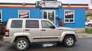 Price reduced for 2011 jeep liberty 4x4 only 60000 km