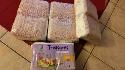 Nappies snugglers and treasures newborn  Craigmore Playford Area Preview
