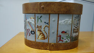 "One of a kind hand painted wood box called ""Noah's Alphabet"" Windsor Region Ontario image 4"