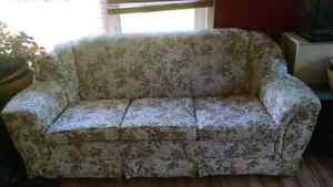 REDUCED!!!!!Great couch!!