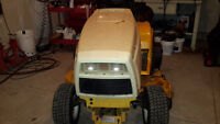 Cub Cadet 1541 with Blower