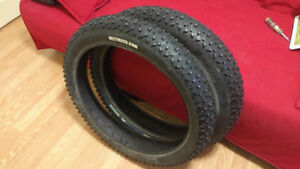 Pair of Studded Fat bike tires - Vee Tire Snowshoe XL - 4.8""