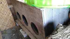 Dog kennel for sale Belleville Belleville Area image 1