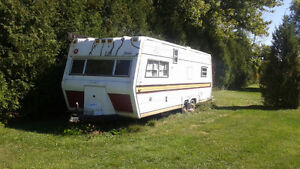 27 ft Camper Perfect for Utility trailer