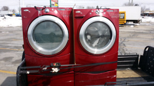 Whirlpool Washer and Gas Dryer & Pedestals