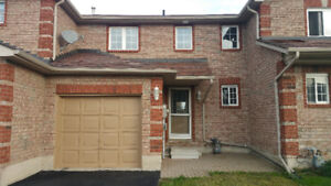 Townhome 3 +1 bedrooms & 2 bath College & Hospital available