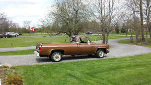 1981 Chevrolet Scottsdale edition Pickup Truck Kingston Kingston Area image 2