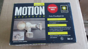 MOTION DETECTORS -  NEW IN BOX