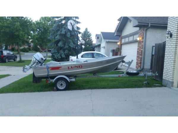 Used 2002 Lund Boat Co 12 Ft