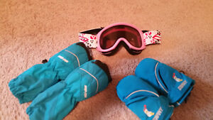 Smith Ski Goggles for toddler and Swany Gloves