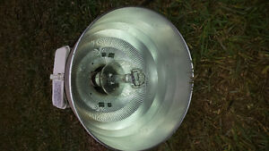 400W lights Sodium Halide Bulb Included