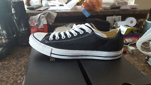 Selling it pairs of low cut chucks