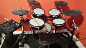 Roland Td-30 Electronic drums with dw9000 hardware