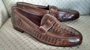 CASUAL / DRESS SLIP-ON LOAFERS SIZE 44 / 10 1/2 - 11