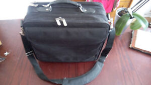 For Sale: Targus Laptop Case
