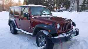 2009 Jeep Wrangler with warranty