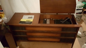 selling a vintage stereo cabinet