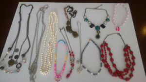 Costume Jewellery (60+ pcs)