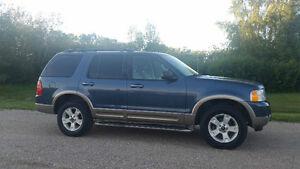 2003 Ford Explorer SUV Eddie Bauer Edition