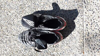 Umbro Soccer Shoes, Size 11