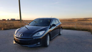 2012 Mazda Mazda3 Sport GT - Heated Seats | Sunroof | Highway Mi
