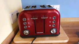 Morphy Richards Accents 4 slicer Toaster, 1800 Watt, Red Exellent cond